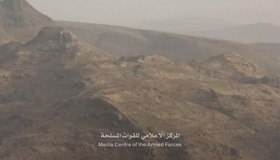 """الجيش يعلن أسر القيادي الحوثي """"محمد الحاكم"""" في جبهة نهم"""