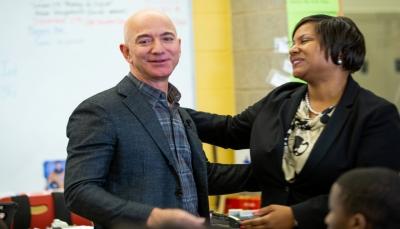 مؤسس أمازون يخسر 7 مليار دولار في يوم واحد