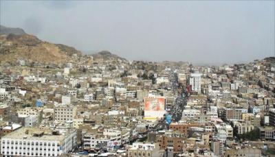 ميليشيا الحوثي تقصف الأحياء السكنية بمدينة تعز