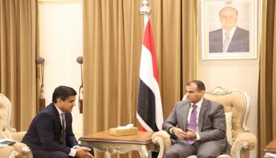 """وزير الخارجية: المجلس الانتقالي مستمر في عرقلة تنفيذ """"اتفاق الرياض"""""""