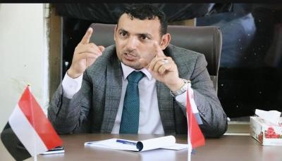 قال إن عودته للمحافظة قريباً.. رمزي محروس يدعو الحكومة إلى الإهتمام بالتنمية في سقطرى