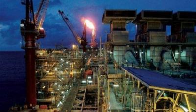 النفط يرتفع بعد تلميح ترامب الى قرب انتهاء حرب الأسعار