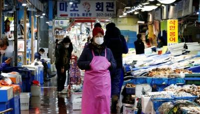 """الصين تتجاهل جائحة العالم وتعيد """"الخفافيش"""" لقائمة الطعام وتفتح أسواق بيع الحيوانات"""