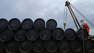 أسعار النفط تقفز لأعلى مستوياتها منذ شهرين