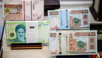 200 ألف ريال لكل دولار.. انهيار تاريخي للعملة الإيرانية