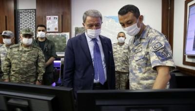 وزير الدفاع التركي: ماضون في دعم ليبيا وفق القانون الدولي ولن نتراجع