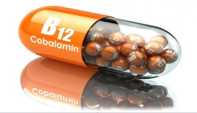 """علامة """"مقلقة"""" في عينيك قد تدل على نقص فيتامين B12 في جسمك"""