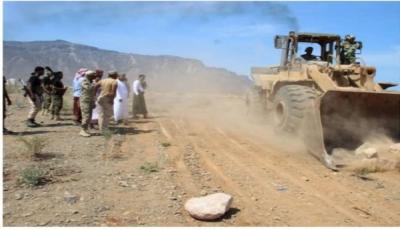 سقطرى: مليشيا الانتقالي تسطو على أراضي المواطنين وتحولها إلى مواقع عسكرية