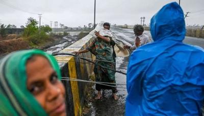 21 قتيلا و96 مفقودا في إعصار يضرب الهند