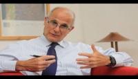 على وقع التصعيد الحوثي.. السفير البريطاني يحث الأطراف اليمنية على إنهاء الحرب