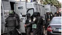 بالعصي والأسلحة.. مشاجرة عائلية بمصر تخلف 21 قتيلاً وجريحاً